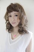 透け感ピュアベージュカラー|tranq hair designのヘアスタイル