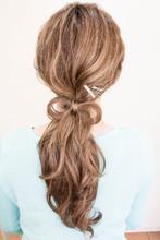 リボンポニーテール|hair coucouのヘアスタイル