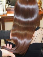 髪をいたわるカラーリング