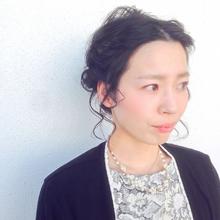 外国人風 / アレンジ × ねじり編み込み|Coletteのヘアスタイル