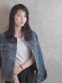 黒髪風 / スモーキダークグレーカラー / クセ毛風ヘア