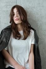 外国人風 / ラフウェーブ×シナモンカラー|Coletteのヘアスタイル