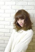厚めバングのふわくしゅミディ|Hair Lounge Ayung(ヘアラウンジ アユン)のヘアスタイル