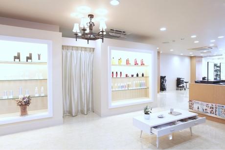 GALLARIA Elegante 本山店