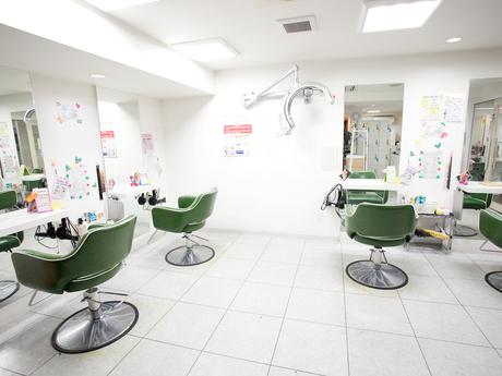 美容室 Lucky Hair 中山店