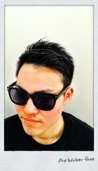 清潔感のあるスタイリッシュな就活ヘア。|Ohp barber Shop のメンズヘアスタイル