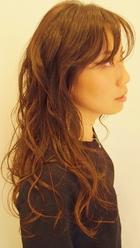 ウェーブと艶の健康的スタイル|NIDOL for hairのヘアスタイル