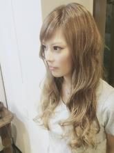 ハイライト外国人風グラデーション Ricca hairのヘアスタイル