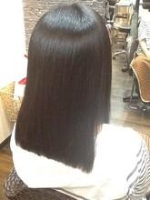 ツヤストレート COURT 武蔵藤沢のヘアスタイル
