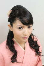 Kimono 1|Me Ka Mahalo Pauoleのヘアスタイル