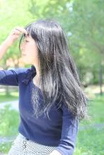 黒髪ロング tittiのヘアスタイル