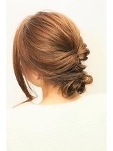 ルーズアレンジ Rhizome des liensのヘアスタイル