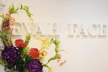 EVAH FACE    エヴァフェイス  のロゴ