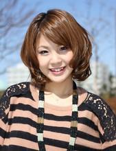 フンワリ「ソフトカール」 M&Co.のヘアスタイル