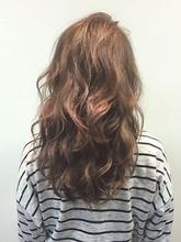 小顔ひし形無造作ウェーブ|Nico-Huluのヘアスタイル