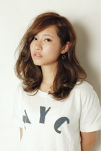 medium 01 TIPSYのヘアスタイル