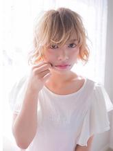 ガーリーショート ojiko.のヘアスタイル