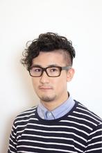 アシメ風ツーブロパーマ|puzzleのメンズヘアスタイル