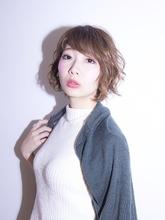 ゆる巻きショート Calm Hair 阪急淡路店のヘアスタイル