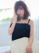 鎖骨ラインカットが色っぽいセクシーヘア|ROLA 北梅田店のヘアスタイル