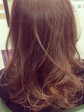 フェミニンロング|56hairのヘアスタイル