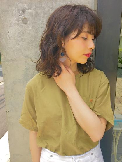 パーマ ミディアム 【2021年夏】ミディアム デジタルパーマの髪型・ヘアアレンジ 人気順 ホットペッパービューティー