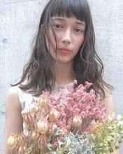 ワイドバング×波巻きセミロング|ACQUA aoyamaのヘアスタイル