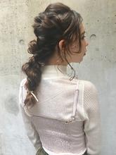 ロングヘアのアレンジスタイル|ACQUA aoyamaのヘアスタイル