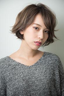 カジュアルショートヘア|ACQUA aoyamaのヘアスタイル