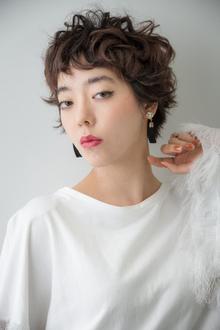 カーリーショートヘア|ACQUA aoyamaのヘアスタイル