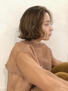 くせ毛風パーマでオシャレにきまる!|ACQUA aoyamaのヘアスタイル