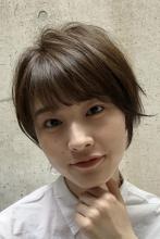 透明感のあるショートヘア|ACQUA aoyamaのヘアスタイル