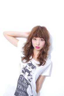 ルーズな厚め前髪で鈴木えみ風無造作ロング『伸』|ACQUA aoyamaのヘアスタイル