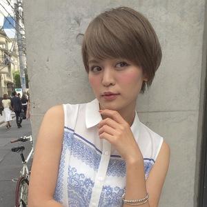 顔型【丸顔さん向け】大人可愛いショートヘア|ACQUA omotesandoのヘアスタイル