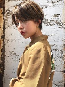 ショートハイライト|ACQUA omotesandoのヘアスタイル