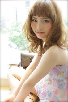 紗栄子風バング sweet love カール|AFLOAT NAGOYAのヘアスタイル