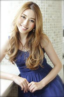 シースルー☆シャイニーカール|AFLOAT NAGOYAのヘアスタイル