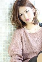 秋ニュアンスモードセミロング AFLOAT NAGOYA 山田 真子のヘアスタイル