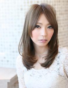 前髪を長めにしている方にもおすすめ☆ナチュラルロングレイヤー|AFLOAT NAGOYAのヘアスタイル