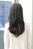 大人の黒髪(ダークカラー)で艶☆カットで空気感と動きを表現