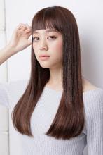 なめらかな毛流れに思わず触れたくなるサラツヤの美髪ロング|AFLOAT RUVUAのヘアスタイル