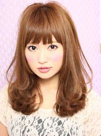 2013春 セミロングゆるふわパーマ髪型