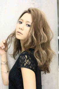 海外セレブ・髪型 ロング