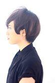 海外セレブ髪型・黒髪ショートボブ
