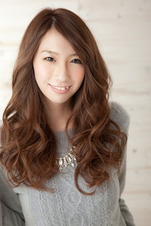 2014 A/W 髪も艶めく大人可愛いロングスタイル|albasanz 三条烏丸のヘアスタイル