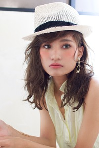 夏の帽子にもデジタルパーマA390