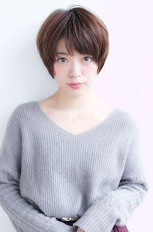 大人可愛いショートスタイル【H-346】 ALICe by afloatのヘアスタイル