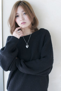 ひし形小顔ミディ ミルクティーベージュ 【y−92】