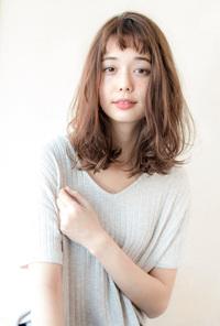 小顔フェミニンセミディ【シトラスベージュ】U-179