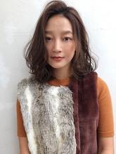 マロンベージュ☆大人ウェーブロブ【y−393】 ALICe by afloatのヘアスタイル
